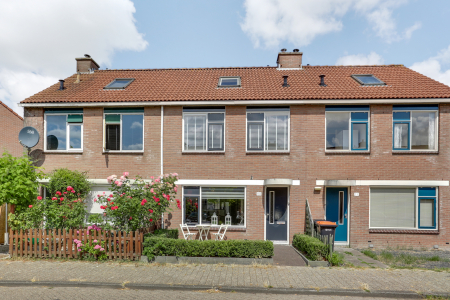 Grutto 80, Hoorn