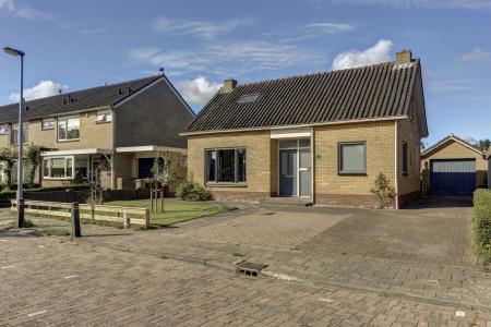 Balkweiterhoek 10, Zwaagdijk-West