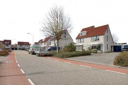 Robijn 6, Hoorn