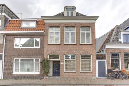 Grote Oost 123, Hoorn