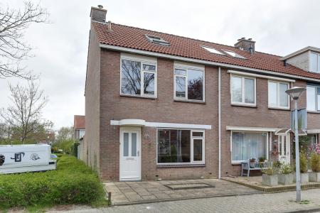 Grutto 92, Hoorn