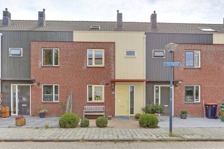 Van Goghhof 4, Hoorn